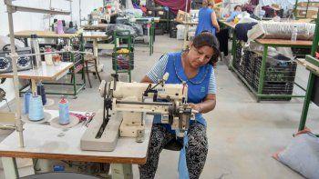 Las textiles resolvieron la situación laboral tras el cierre de la fábrica.