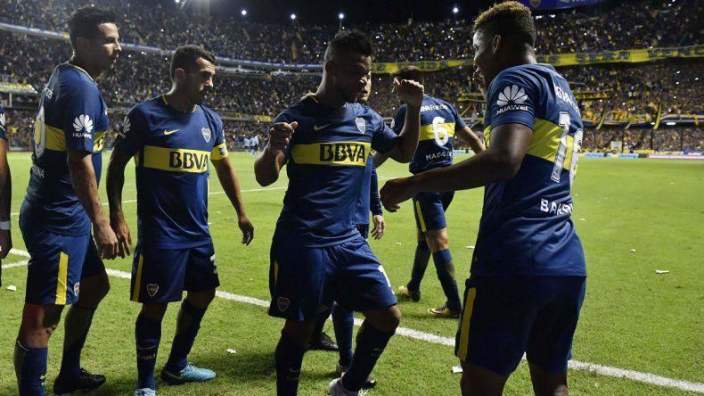 El baile de Cardona y Fabra por una nueva victoria del equipo de Guillermo.