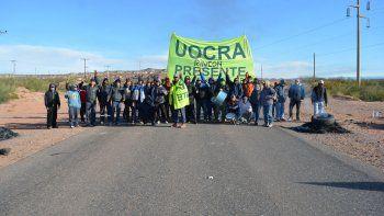 Grupos cercanos al dirigente Juan Carlos Levi salieron a las rutas ayer.