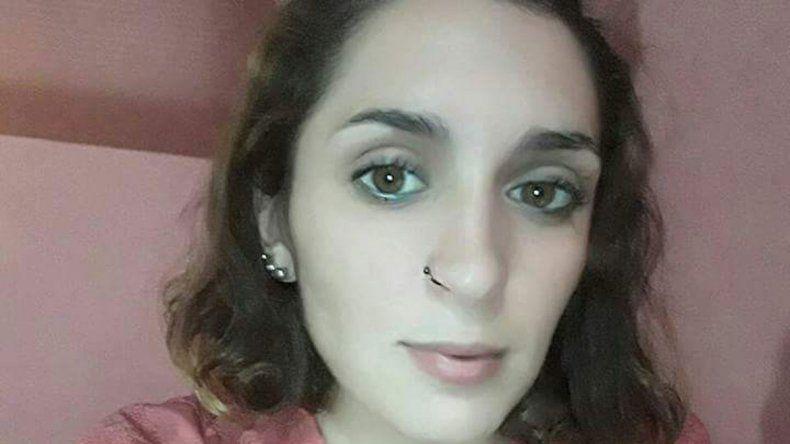 Buscan a una joven y su mamá apunta a la ex pareja