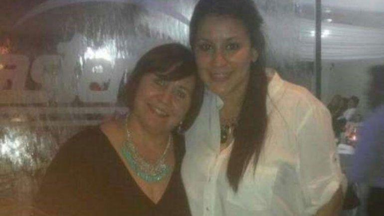 Mónica Outeda (51 años) y Mayra Soledad Bueno (25)