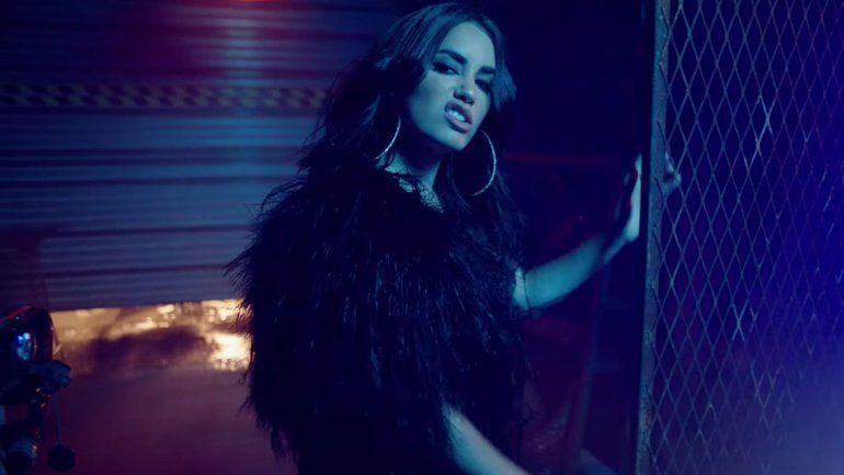 Lali estrenó nuevo video clip junto a tres estrellas del reggaetón