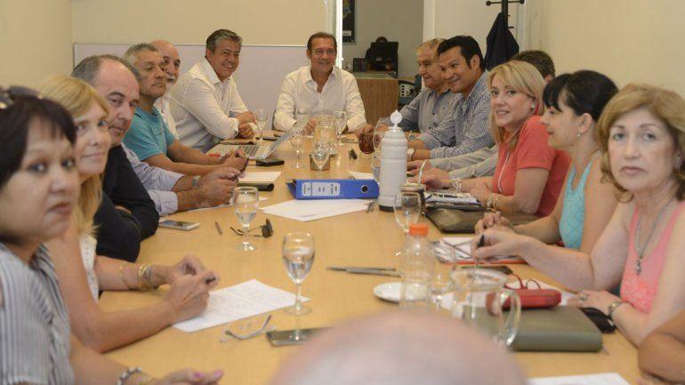 Gutiérrez y Figueroa sellaron la paz interna en el MPN
