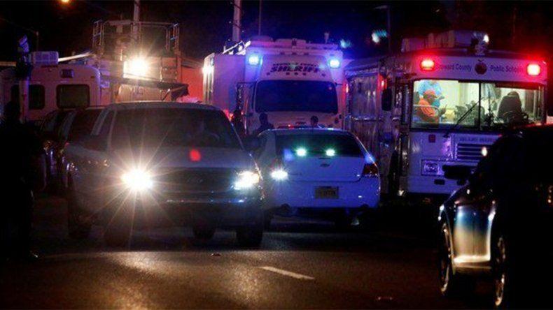 Son 17 los muertos por un nuevo tiroteo que enluta a los Estados Unidos