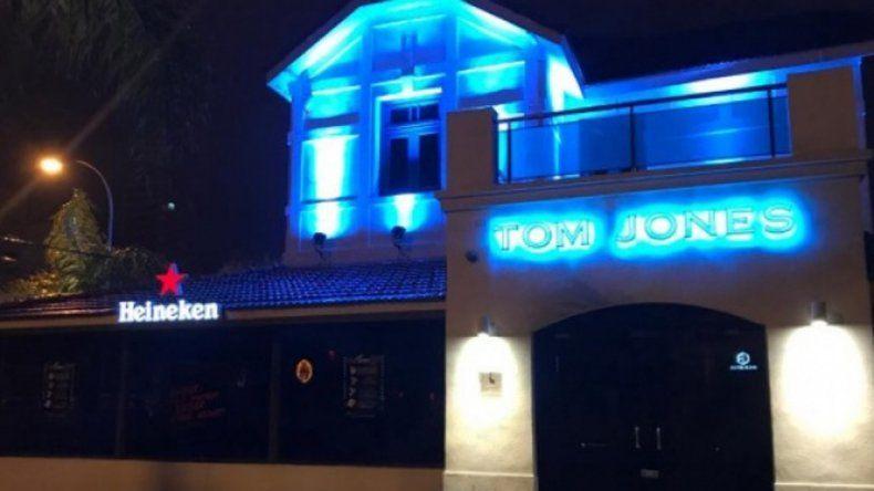 El incidente ocurrió en el Bar de Tom Jones