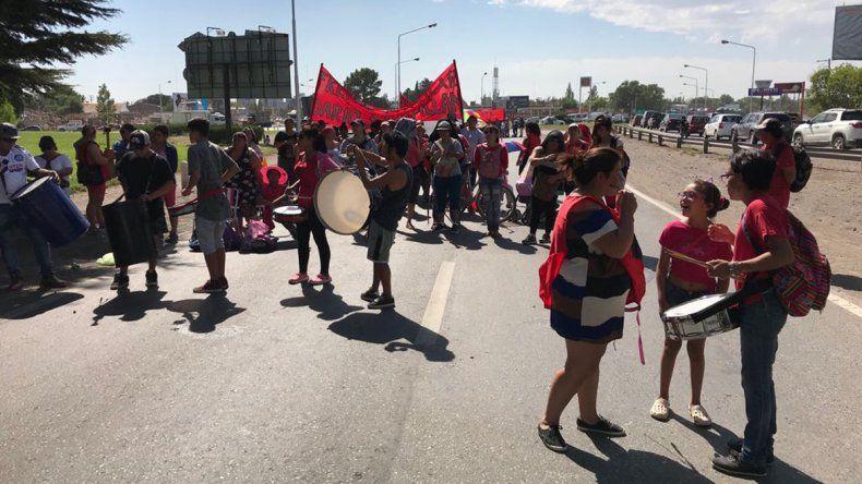 Organizaciones levantaron el corte en la zona de los  puentes