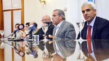 Denuncian que Sapag intentó hacer un millonario depósito en Andorra