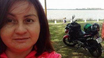 Vanesa Castillo tenía 33 años y fue atacada cuando iba en moto rumbo a su casa. Era madre de una nena de 11 años y, además de trabajar en algunas escuelas de la zona, estudiaba historia.