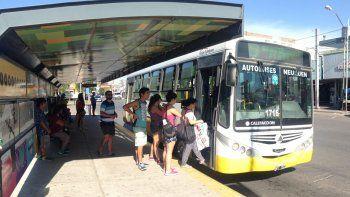 Mucha gente no tiene otra posibilidad de moverse por la ciudad si no es a través del transporte público de pasajeros.