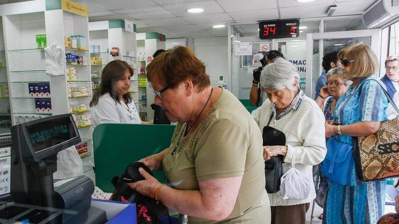 Oficializaron el aumento del 5,69% para jubilados y beneficiarios de AUH