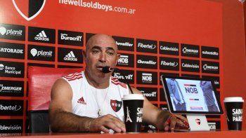 Juan Manuel Llop dijo que quería seguir por los jugadores.