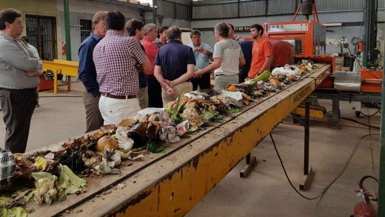 San Martín y Villa se unen para tratar los residuos