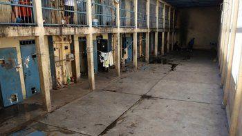 Montuelle, que cometió tres delitos dentro del penal de Boulogne Sur Mer, perdió un brazo en esa misma cárcel.