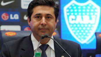Moyano duda del vínculo entre Boca, la AFA y Macri. Angelici salió a defender a Barros Schelotto y también al presidente de la nación.