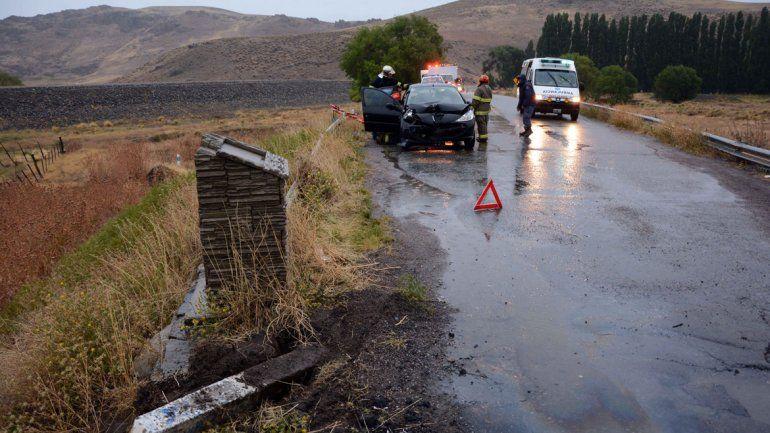 Por la lluvia, una familia de Buenos Aires se accidentó en La Rinconada