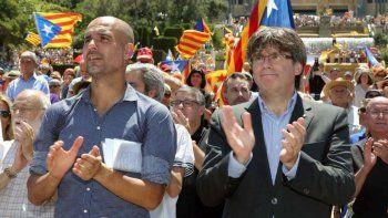 La Guardia Civil española se metió en el avión de Pep Guardiola para corroborar si allí se escondía el ex presidente catalán.