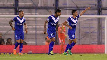 river acentuo su crisis futbolistica al perder 1 a 0 ante velez en liniers