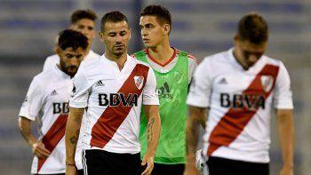 River acentuó en Liniers la crisis futbolística en la que está inmerso y quedó aún más lejos de los puestos de Copa Libertadores y Sudamericana.