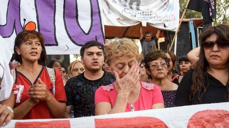 A 20 días del doble femicidio de Karina y Valentina, convocan a una marcha de antorchas