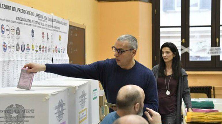 Con incertidumbre, los italianos votan a un nuevo gobierno