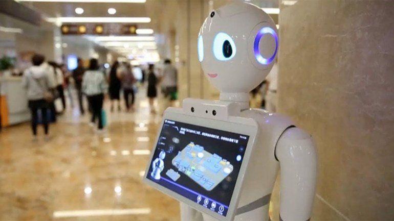 Un médico robot comenzó a tratar pacientes en China