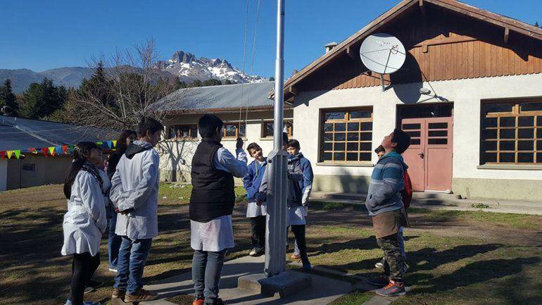 Por falta de gasoil, no hubo luz en una escuela albergue