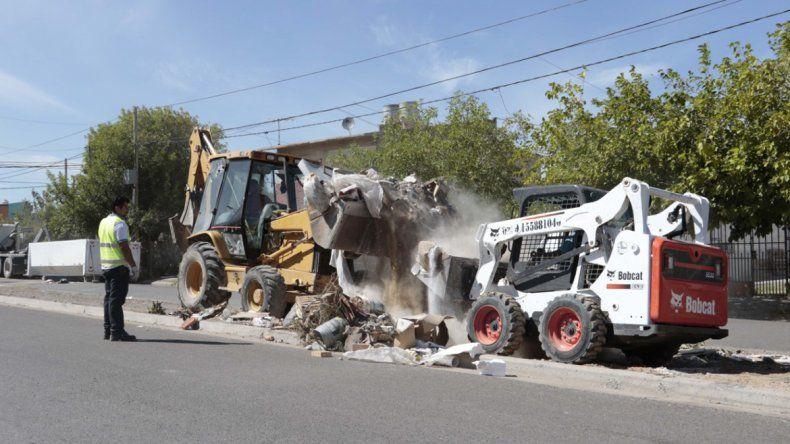 En dos días sacaron 160 toneladas de mugre en Villa Florencia