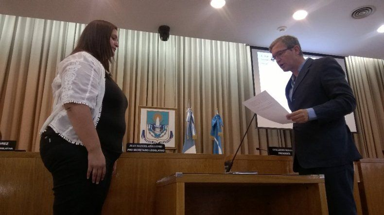 Asumió una nueva concejal en el Deliberante neuquino