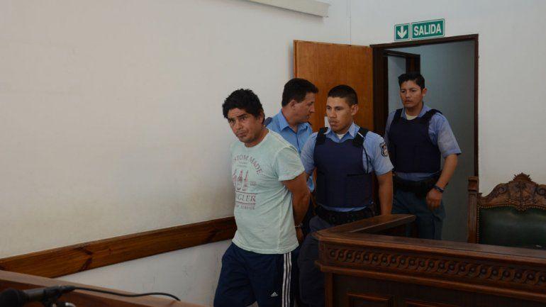 A juicio por asesinar al amigo y herir a su pareja