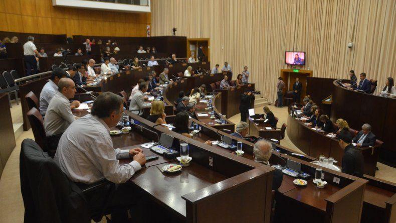 El MPN presentó un proyecto en la Legislatura para incluir el presentismo en el salario docente