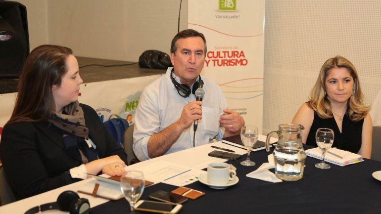 Centenario recibió a expertos de EE.UU. por Vaca Muerta