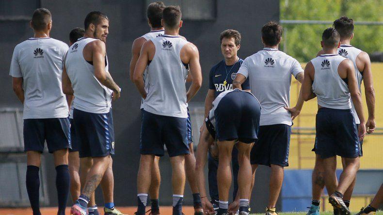 La idea del entrenador es poner lo mejor que tenga por la Superliga.