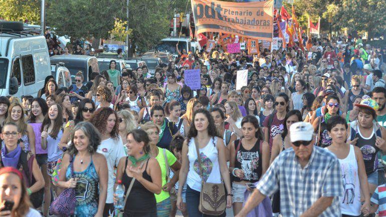 Convocan a un paro nacional de mujeres por Lucía Pérez