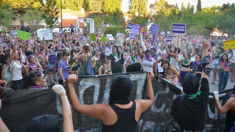 Las 20 mejores imágenes que dejó el Paro de Mujeres en Neuquén