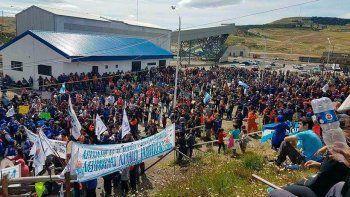 No hay acuerdo con los mineros y sigue el conflicto