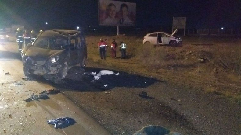 Chocó de frente con otro auto en la Ruta 7: creen que se habría dormido manejando