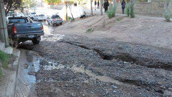La rotura de un caño complica a los vecinos de Gregorio Álvarez