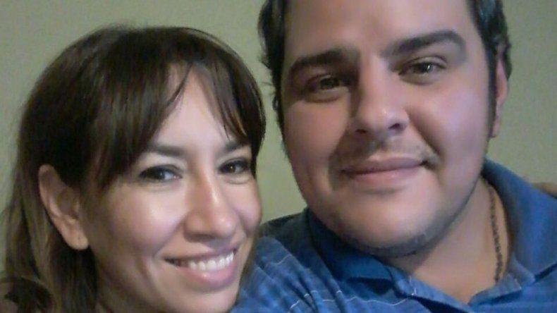 El matrimonio tucumano se inscribieron en el registro de adopción en el 2016.