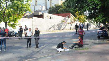 Un policía murió en medio de un tiroteo en San Telmo