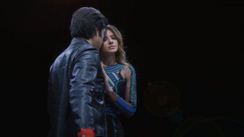 La China Suárez interpretó a Susana en Sandro de América y la destrozaronen las redes.