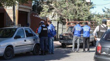 Investigaban un robo y se encontraron con droga