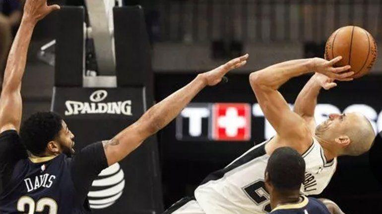 Con Manu en cancha, los Spurs ganaron y cortaron la racha negativa
