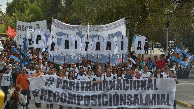 Los docentes ya tienen fecha para iniciar las discusiones salariales con el gobierno