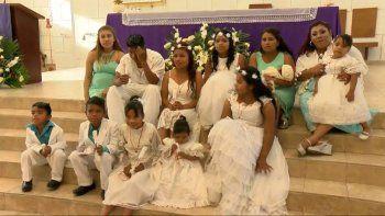 para el guinness: bautizo a sus 10 hijos al mismo tiempo