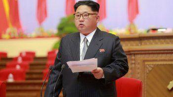 El dictador norcoreano le dio su palabra a la canciller surcoreana.