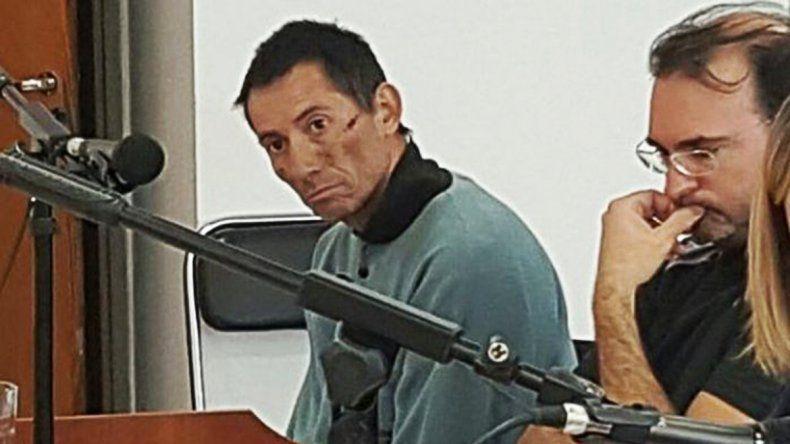 Ofrecen $ 500 mil por datos de Jesús Candía, el doble homicida prófugo de Plaza Huincul