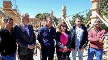 gutierrez recorrio en zapala las obras que hace provincia