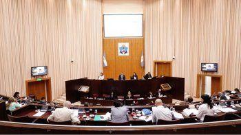 legisladores aprobaron en general la asesoria gratuita a las victimas