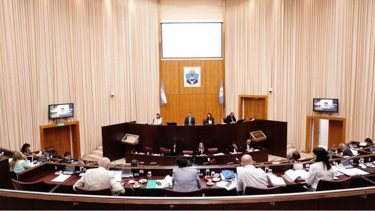 Sifuentes quiere a Lagunas de la Legislatura por inconducta reiterada