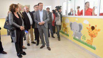 El hospital Heller estrenó la sala de su jardín maternal